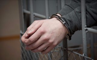 Нюансы взыскания алиментов с осужденного: права и возможности сторон