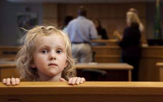Порядок выписки собственником квартиры несовершеннолетнего ребенка