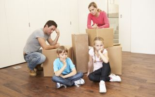 Выселение из квартиры с несовершеннолетними детьми