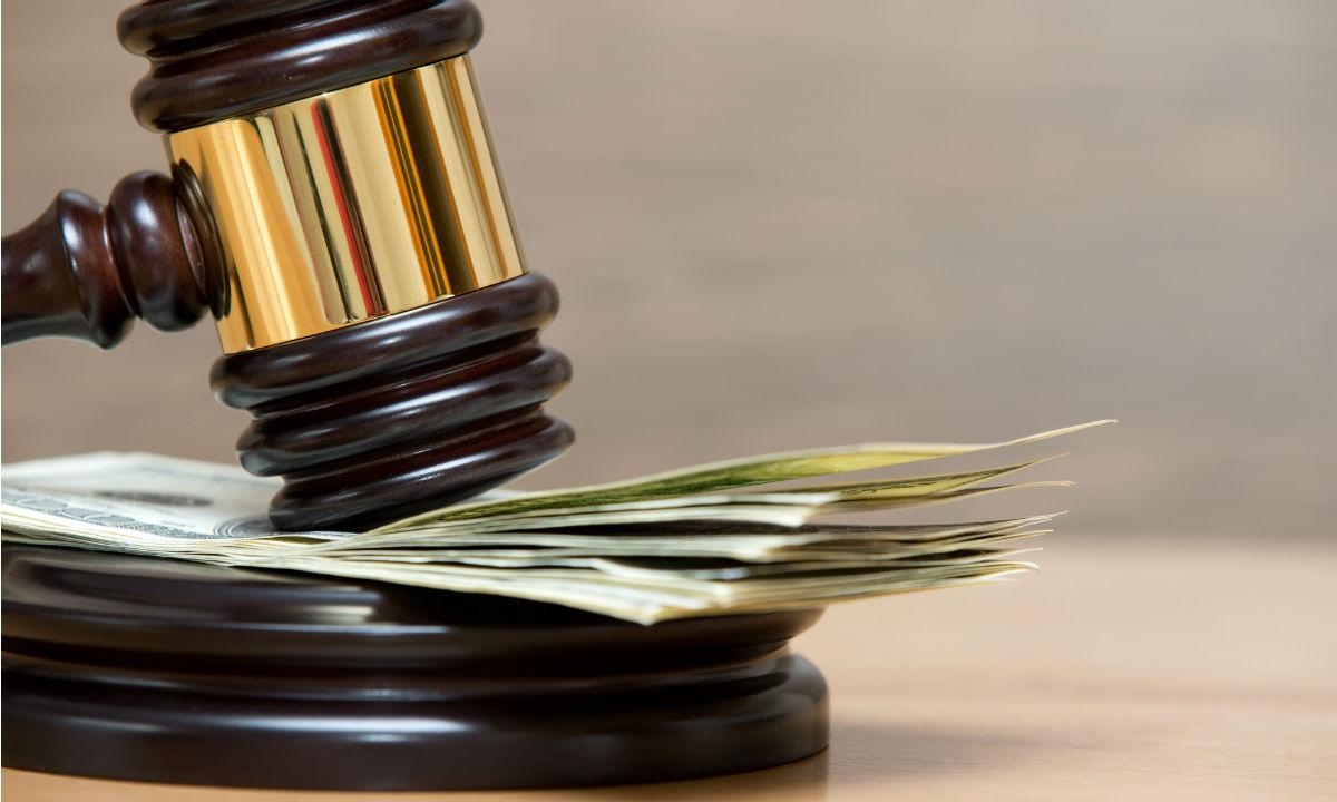 колонны Как выплачиваются деньги по решению суда припомнил еще