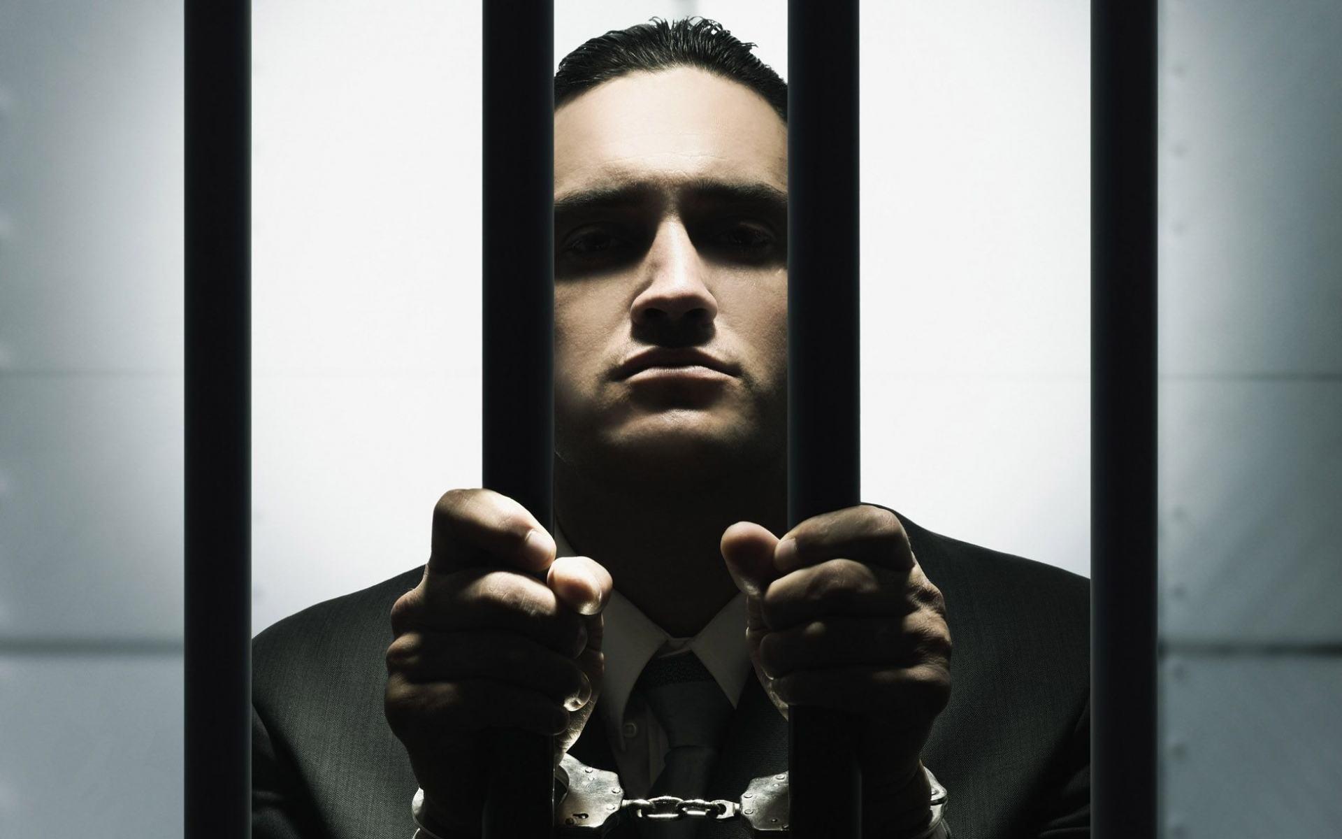 Как женщине можно развестись с мужем, если он сидит в тюрьме