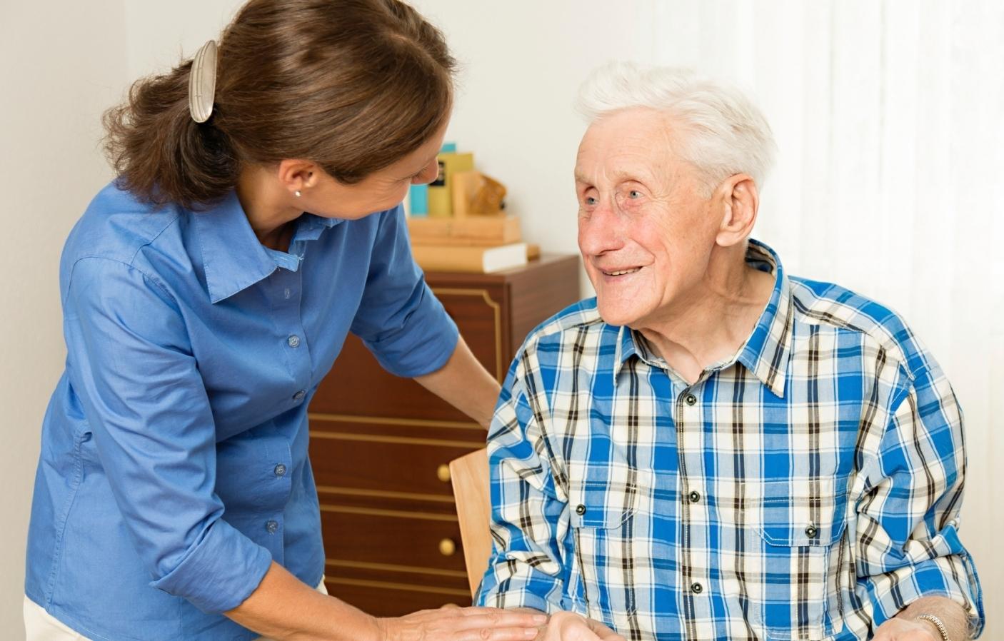 Как можно оформить опекунство над пожилым человеком