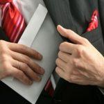 Укрытие доходов и неуплата алиментов - основание для лишения родительских прав