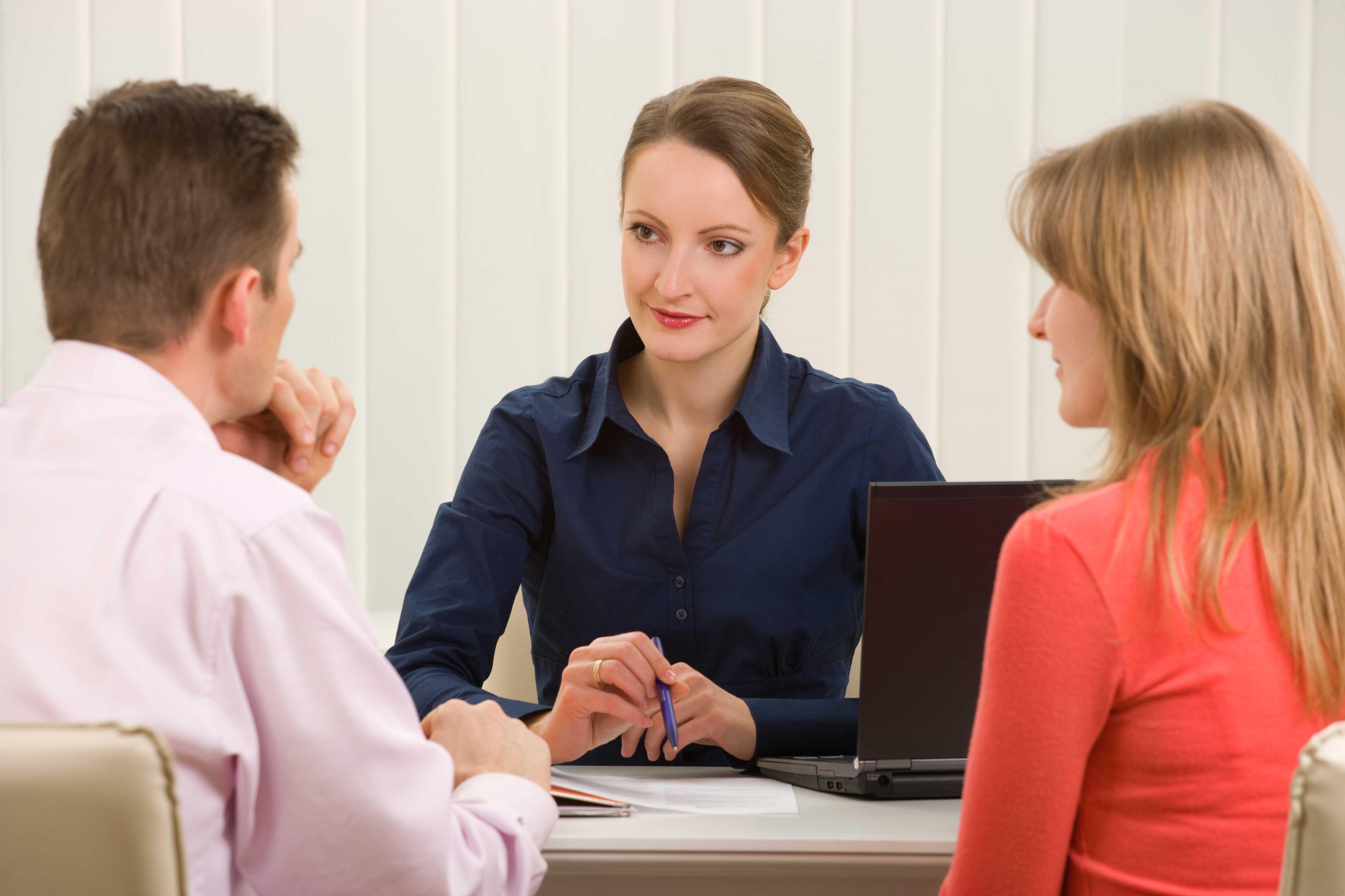 Нужно ли заверять у нотариуса соглашение о разделе имущества супругов