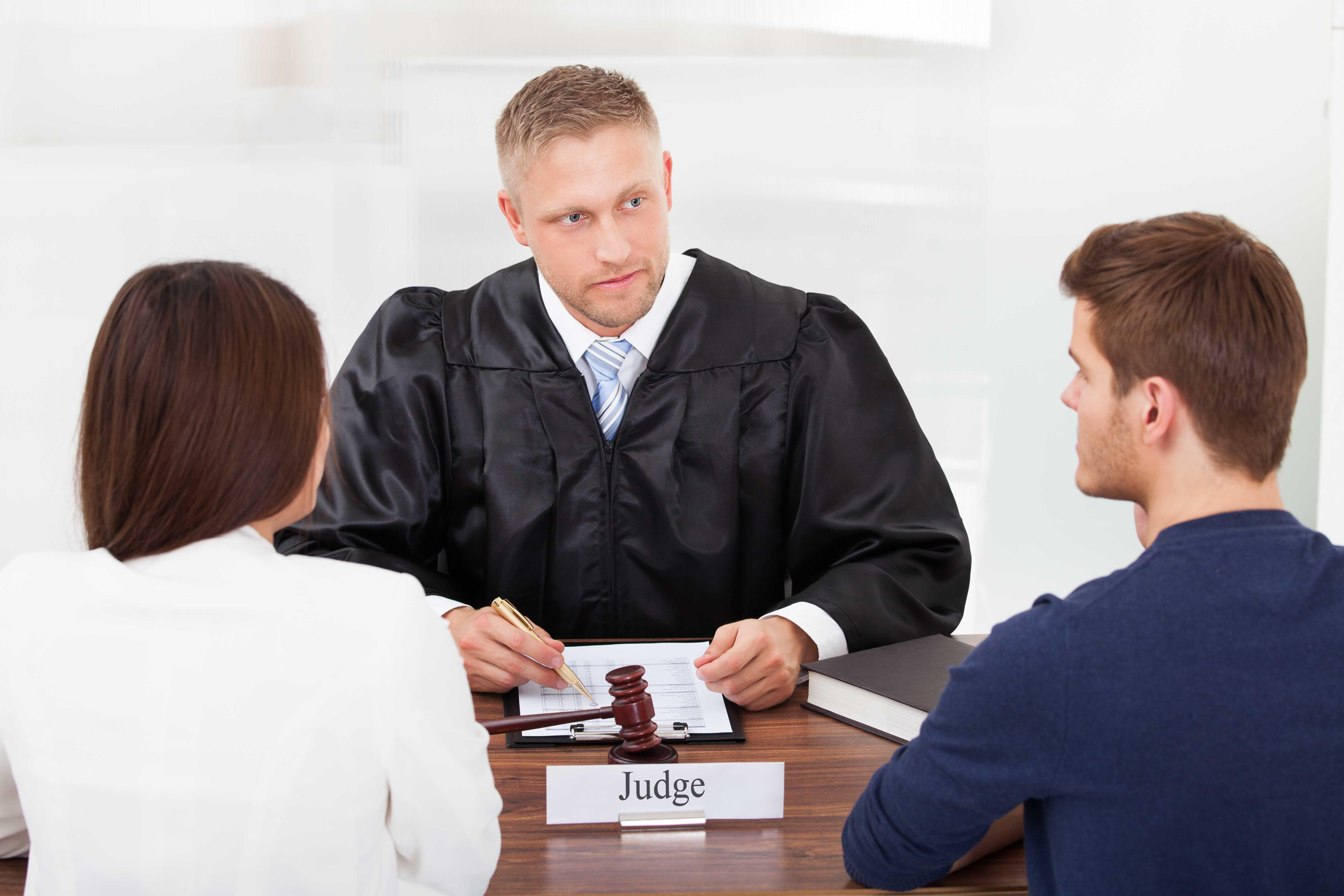 помощь юриста по разводу