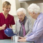 Как оформить уход за пожилым родственником