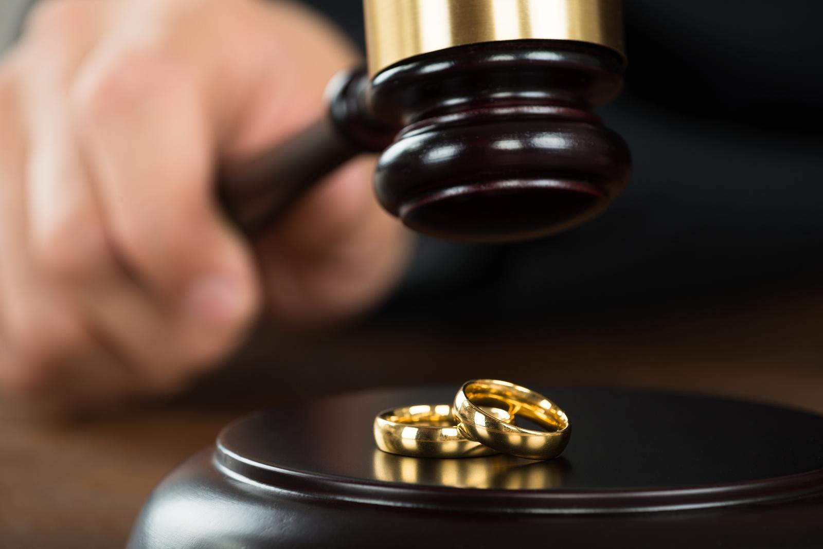В каком случае развод супругов может быть осуществлен мировым судом