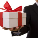 Не в вычитают алименты с подарка от руководителя