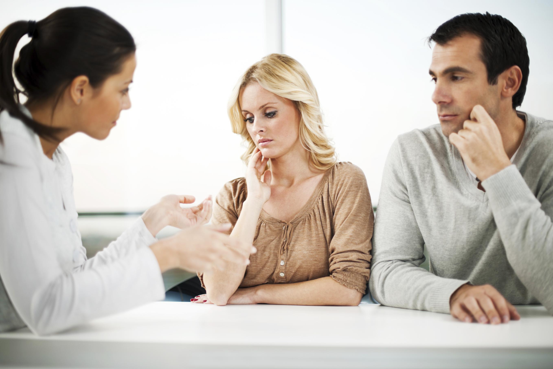 Какие нужны документы для подачи на алименты в браке