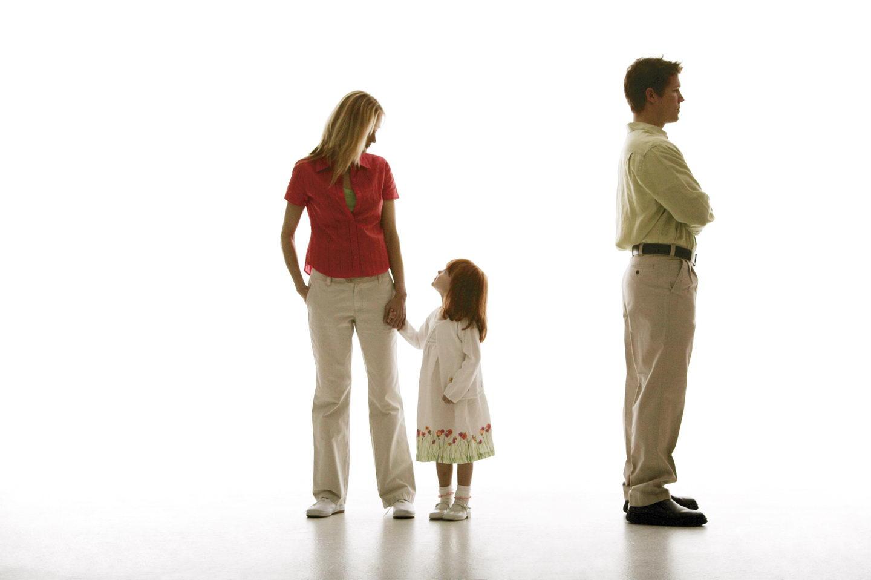Если отец лишен родительских прав, какие льготы у матери