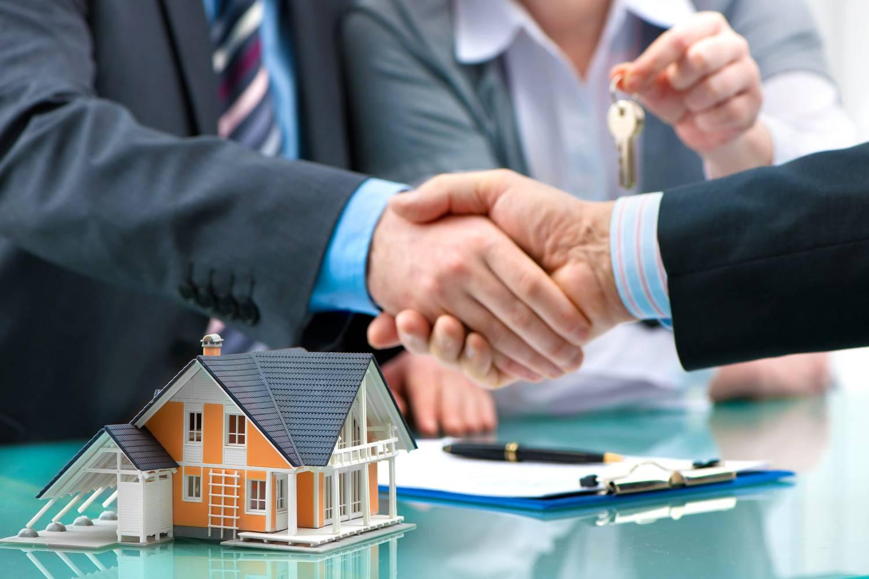Что лучше: договор дарения или купли-продажи между родственниками