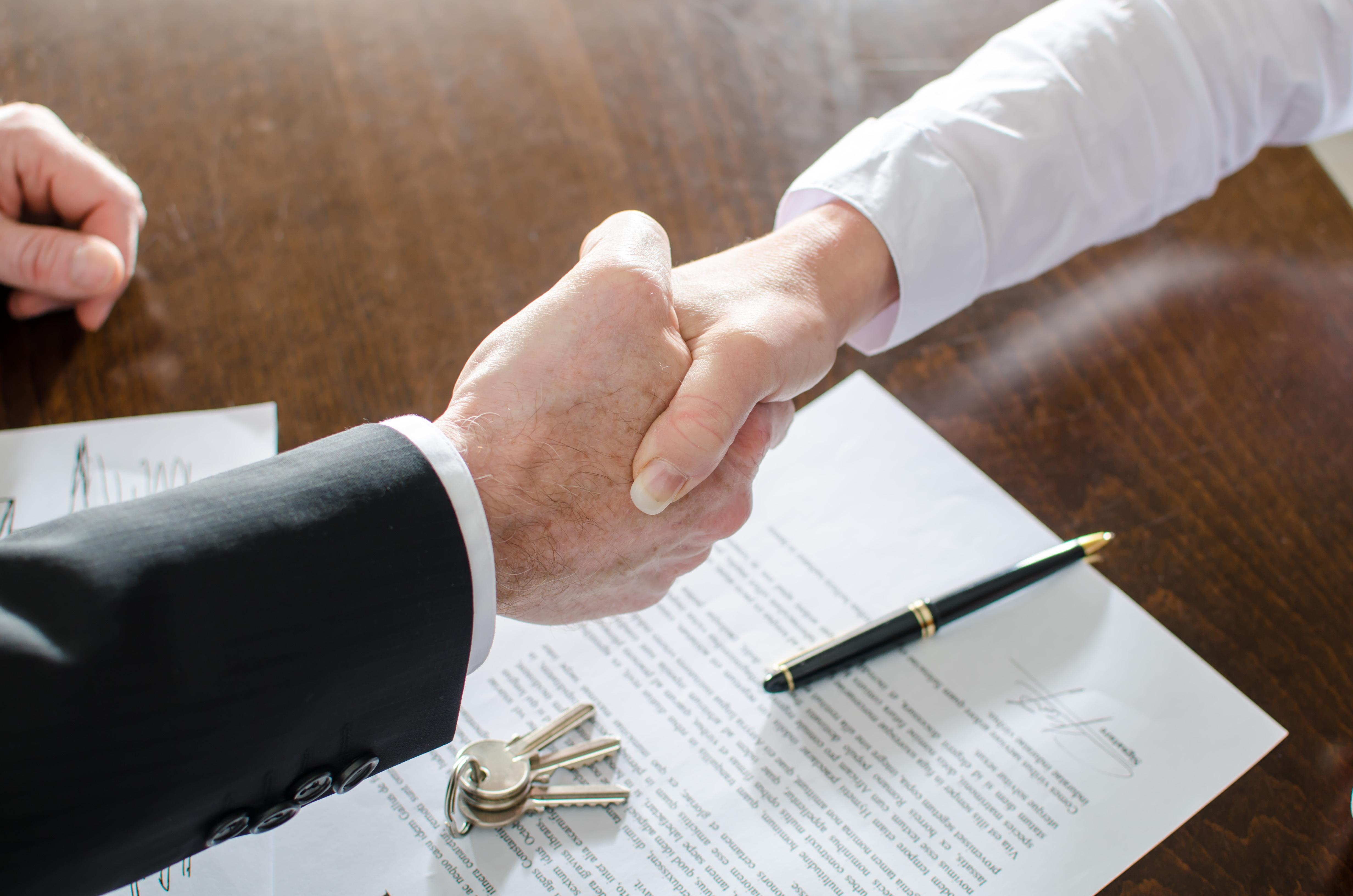 Нужно ли согласие супруга на дарение квартиры