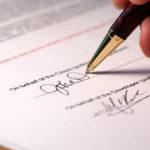 Закрепление передачи квартиры в дар подписями в дарственной