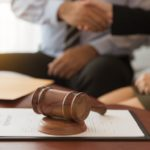 Оспорить дарственную в судебном порядке
