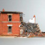 Отказ от наследства, так как дом непригоден для жилья