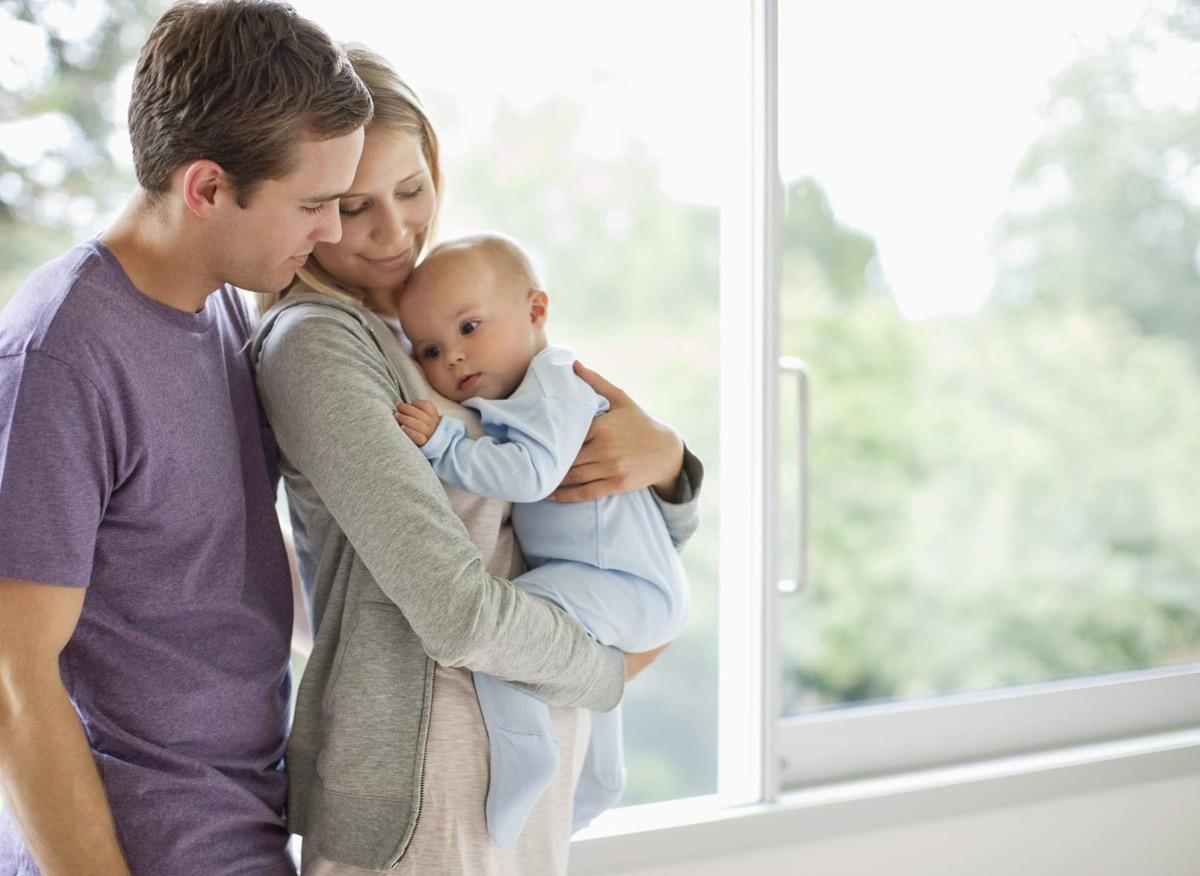 Сколько платят за усыновление ребенка