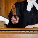 Рассмотрение вопроса усыновления в суде